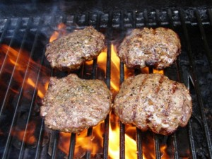 grilling-burgers